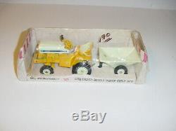 1/16 Vintage International Cub Cadet Tractor & Dump Cart Set WithBox! Nice