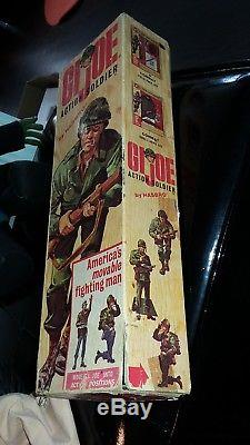 1964 GI JOE SOLDIER Action Figure in ORIGINAL BOX VINTAGE 1960'S with MANUAL