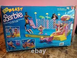 1988 Vintage Barbie Beach Blast Pool and Patio Set COMPLETE WithBOX