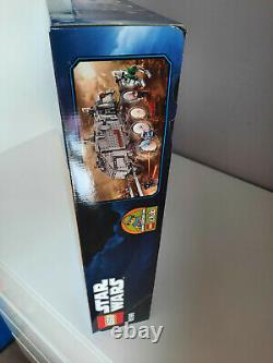 8098 LEGO Star Wars The Clone Wars Clone Turbo Tank. SEALED. Excellent Condition