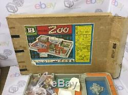 BRITAINS TOYS, Plastic Zoo Animals MODEL ZOO SET, BOXED CAT NUMBER 4712 VINTAGE