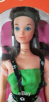 BUSY STEFFIE Barbie Doll with Holdin' Hands in Mint Box Vintage 1970's 1971 Rare