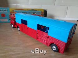 Corgi 1130 Bedford Circus Horse Transporter original vintage diecast boxed