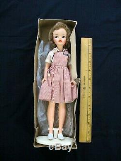 EXCELLENT Vintage Ideal Tammy Doll BS 12 NURSE Candy Striper Dress Original Box