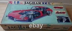 Jaguar XK-E 18 Plastic Model Bandai Red Original Box 1970s Vintage Rare
