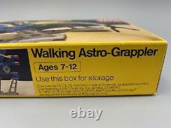 LEGO New Vintage Sealed 6882 LEGOLAND Space Walking Astro-Grappler NOS Rare NISB