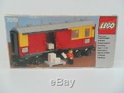 LEGO Postal Container Wagon Mail Van 7819 Complete FREE UK Delivery RARE 1983