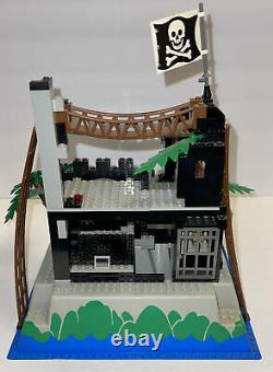 Lego 6273, Vintage Rock Island Refuge, 1991, 95% Complete, No Box No Manual