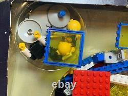 Lego 6970 Beta-1 Command Base with Original Box
