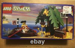 Lot Of 4 LEGO System Pirates 6237 6258 6261 Raft Raiders And 6513 Glade Runner