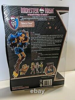 Mattel Monster High Doll Robecca Steam First Wave 2011 New in Box