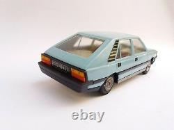 Mint Vintage Old Friction Toy Fso Polonez Poland Polish Plastic Car + Box