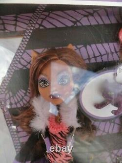 Monster High 2012 Clawdeen Wolf daughter of the werewolf New In Box