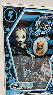 Monster High Frankie Stein Doll First Wave In Package Box w Watzit Mattel