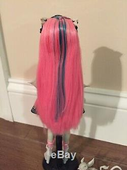 Monster High Rochelle Goyle Original First Wave Doll, In Box, Mint Condition