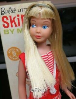 Near Mint Silky Light Blonde Skipper with BOX, headband, accessories