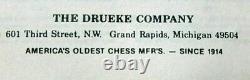 No# 4466 VINTAGE DRUEKE chess box with DRUEKE players choice pieces King 3'5\8s