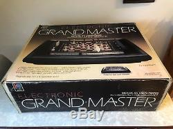 RARE Vintage Milton Bradley 1983 Electronic Grand Master Chess Complete In Box