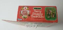 SEALED in Box Strawberry Shortcake Berry Snuggly Bedroom Furniture Happy Home