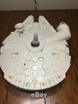 STAR WARS MILLENNIUM FALCON Almost complete Vintage Working Kenner 1979 no box