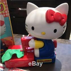 Sanrio Hello Kitty Toy Sewing Machine doll figure withbox Vintage 1986 Rare F/S
