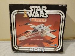 Star Wars X-WING FIGHTER NO YELLOWING C9 Complete with Box 1978 Vintage