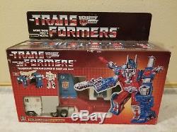 Transformers ULTRA MAGNUS ORIGINAL 100% Complete with Box G1 1986 Vintage