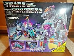 Trypticon MIB Boxed 1986 Vintage Hasbro Action Figure G1 Transformers (VERYRARE)