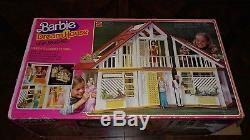 VTG 1978 Barbie Dream House UNFURNISHED with Original Box 99% Complete #2588