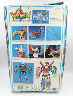 VTG 80s Panosh Place Voltron Lion Set Complete / Box Pilot Figures Weapons Sword