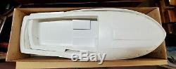 Vintage 1965 Lindberg Chris Craft SPORT FISHERMAN 30 Boat Model Kit 811M in Box
