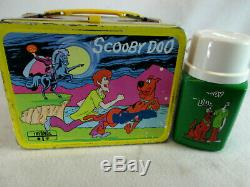Vintage 1973 Scooby Doo metal lunch box & plastic Thermos set