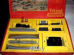 Vintage Boxed Tri-ang 00 R3x Electric Goods Train Set Complete