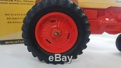 Vintage Case-O-Matic Tractor 1/16th Scale By Johan Plastic Case 800 with box