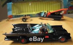 Vintage Corgi Toys Gift Set 3 First Issue Batmobile & Batboat Boxed Exc