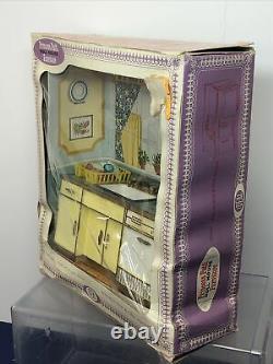 Vintage Ideal Princess Patti Miniature Dollhouse Furniture Kitchen Sink Dish Box