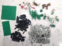 Vintage LEGO Castle 6066 Camouflaged Outpost 100% Complete with box & instructions