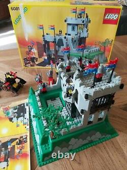 Vintage Lego 6081 Castle king's mountain from 1990 Complete with BOX + 6039