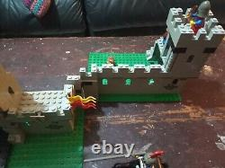 Vintage Lego King's Castle 6080 Boxed instructions Used almost complete PA420