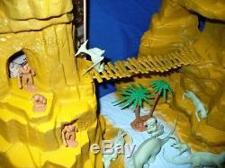 Vintage Marx Playset Prehistoric Mountain Animal Dinosaur Cavemen Box Toy 1975
