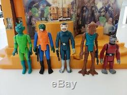 Vintage Star Wars Creature Cantina Playset with Blue Snaggletooth Aliens and Box