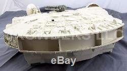Vintage Star Wars ESB MILLENNIUM FALCON with BOX Kenner'79 + Chewy Han & Leia oop
