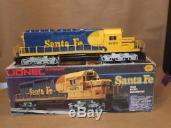 Vtg 1982 LIONEL 0 Gauge 6 8265 Santa Fe SD40 Diesel Locomotive in Original Box